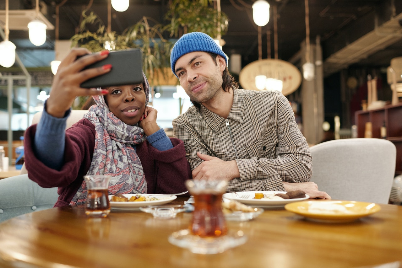 7 Tips for Online Dating Every Millennial Woman Needs to Know